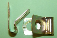 P'-Clip in zinc plated steel, 4.75mm x 8.5mm hole dia. General application.